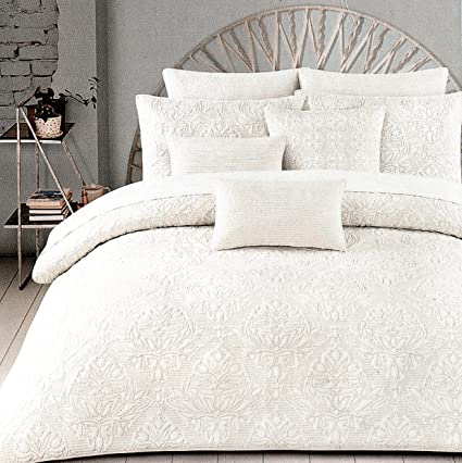 30a6ec9712b0 Amazon.com  Tahari Home 100% Cotton Quilted Floral Damask 3pc Full ...