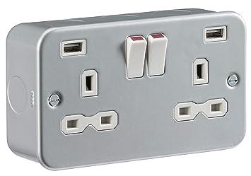 METALCLAD DOUBLE SOCKET USB TWIN 13 AMP 2 GANG HEAVY DUTY