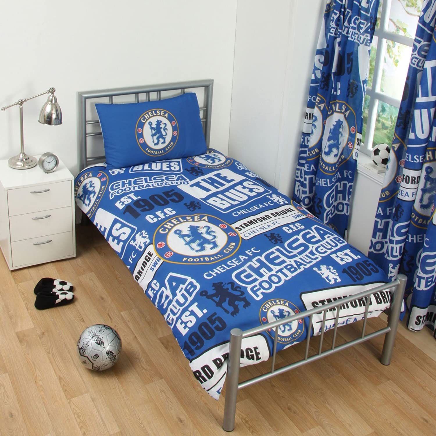 Chelsea FC Patch Single Duvet Cover and Pillowcase Set Forever Collectibles COMIN16JU043181