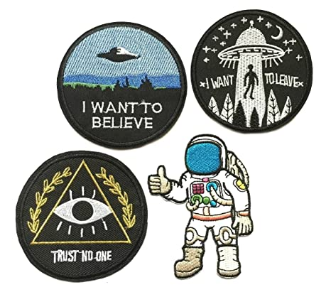 4 x Alien Cartoon Logo - Funny Humor hierro en parche gran ...