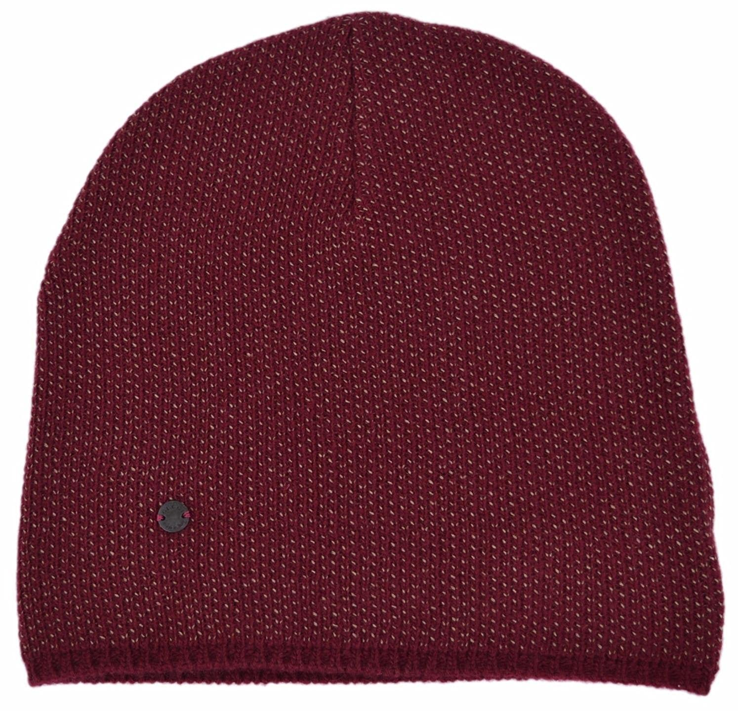 a51ff57e017 Gucci Men s Lightweight Burgundy Beige Wool Cashmere Beanie Ski Winter Hat   Amazon.in  Clothing   Accessories
