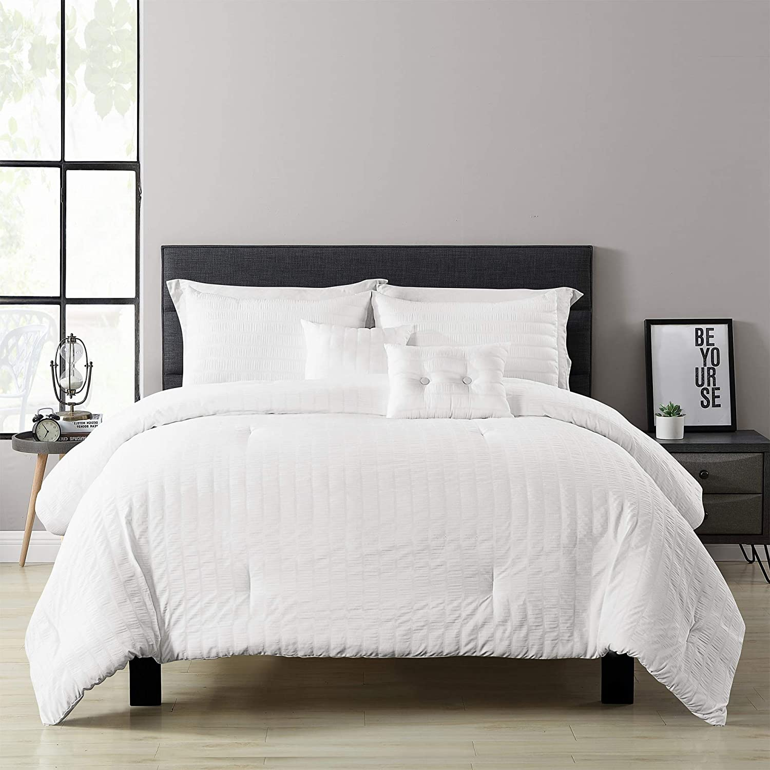 Lush Décor Farmhouse Seersucker 5-Piece King Comforter Set (White)