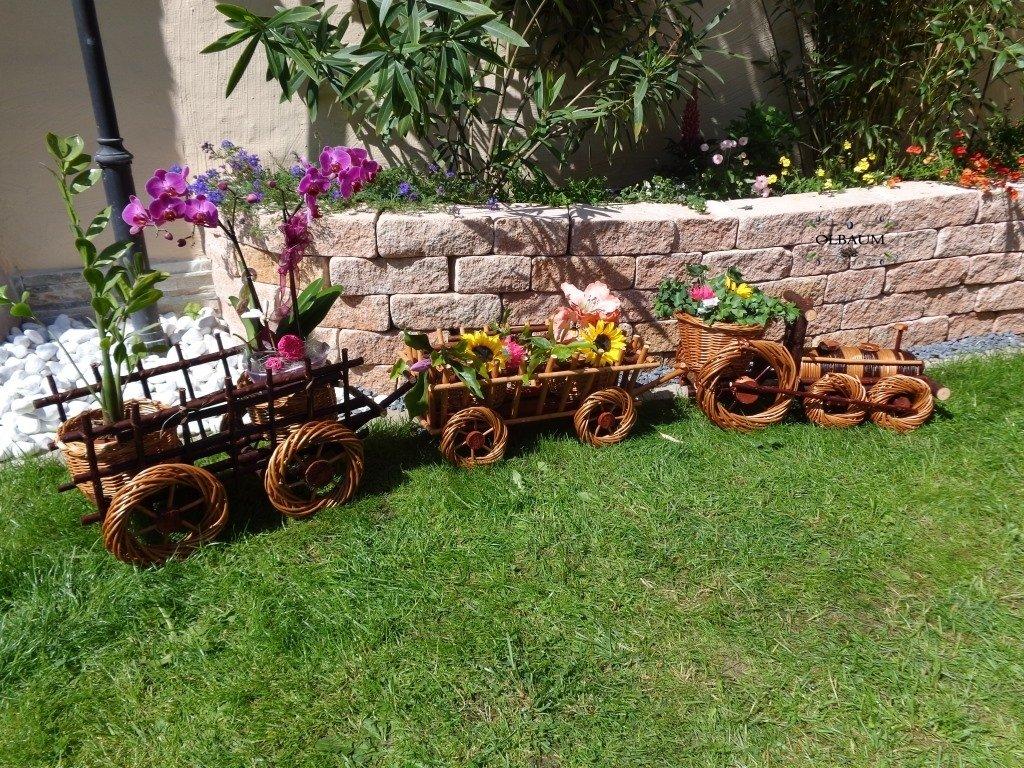 Korb-Lokomotive + 2x Wagen braun,60 + 45 + 45 cm, Korbgeflecht, WETTERFEST**, witzige Gartendeko 100% NATUR, ideal als Pflanzkasten, Blumenkasten, Pflanzhilfe, Pflanzcontainer, Pflanztröge, Pflanzschale, Rattan, Weidenkorb, Pflanzkorb, Blumentöpfe, Holzschubkarre, Pflanztrog, Pflanzgefäß, Pflanzschale, Blumentopf, Pflanzkasten, Übertopf, Übertöpfe, , Holzhaus Pflanzgefäß, Pflanztöpfe Pflanzkübel