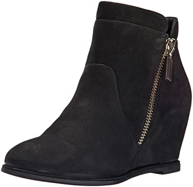 05ebf5aab707 Amazon.com | Kenneth Cole New York Women's Vivian Ankle Bootie | Shoes
