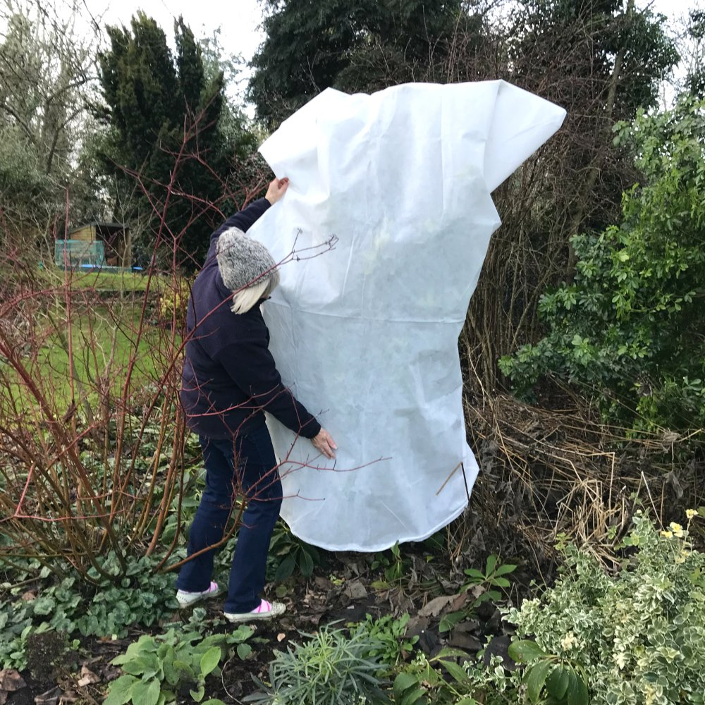 Extra Large Warming Plant ULTIMATE FROST PROTECTION Fleece Jacket Garden Cover XL 1.85m high x 1.25m wide Thick & Strong GardenSkill
