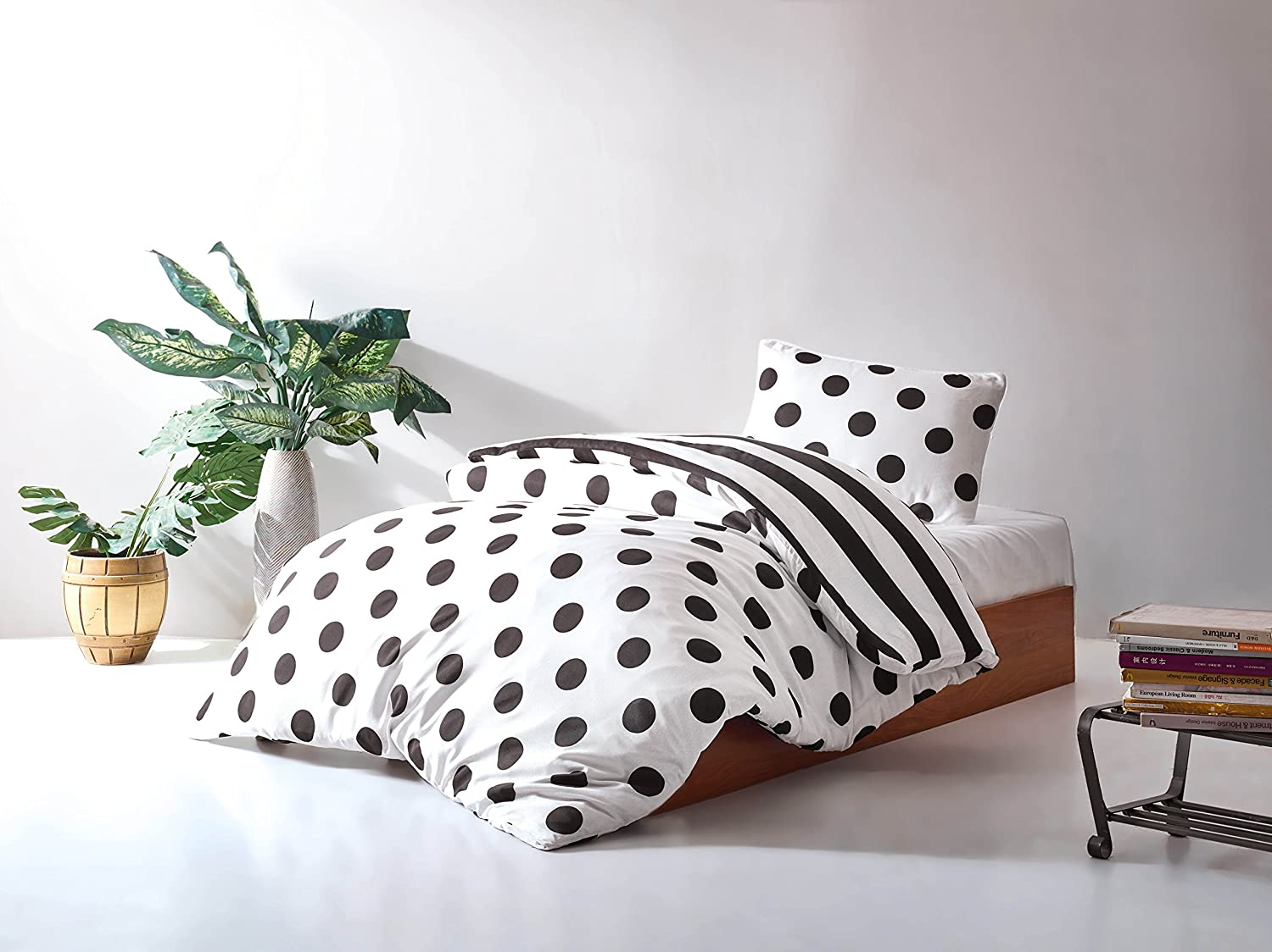 DecoMood Stripped Polka Dot Bedding Set, Single/Twin Size Quilt/Duvet Cover Set, Black and White Girls Boys Bed Set, Reversible (3 Pcs)