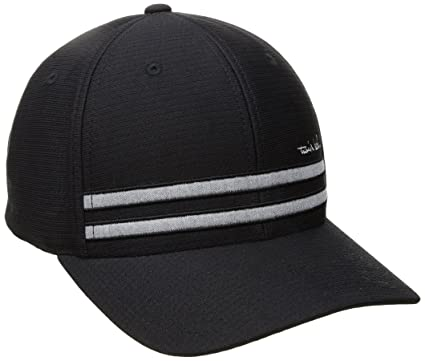 TravisMathew Hout Fitted Hat at Amazon Men s Clothing store  f64240b33127