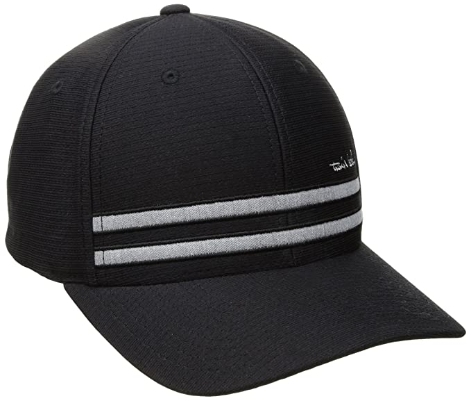 d0a08b3adaa TravisMathew Hout Fitted Hat at Amazon Men s Clothing store