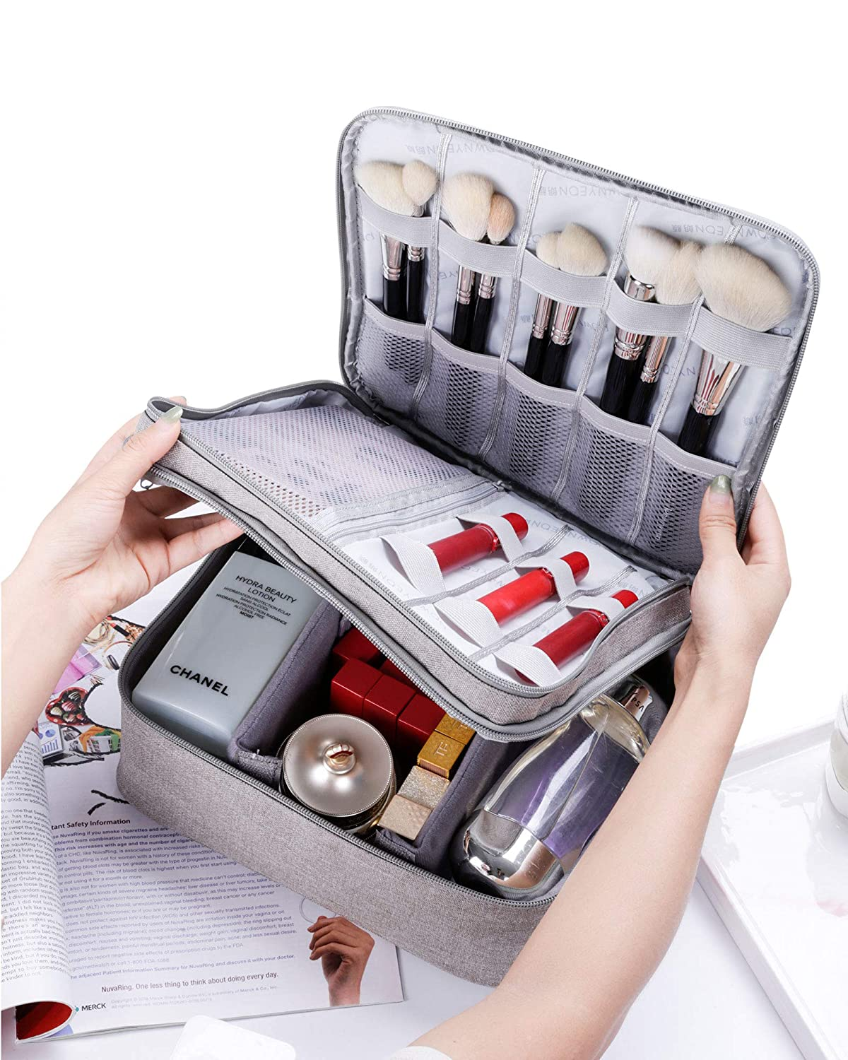Rownyeon Makeup Train Cases Travel Makeup Bag Waterproof Portable Cosmetic Cases Organizer with Adjustable Dividers for Cosmetics Makeup Brushes Toiletry Digital Large