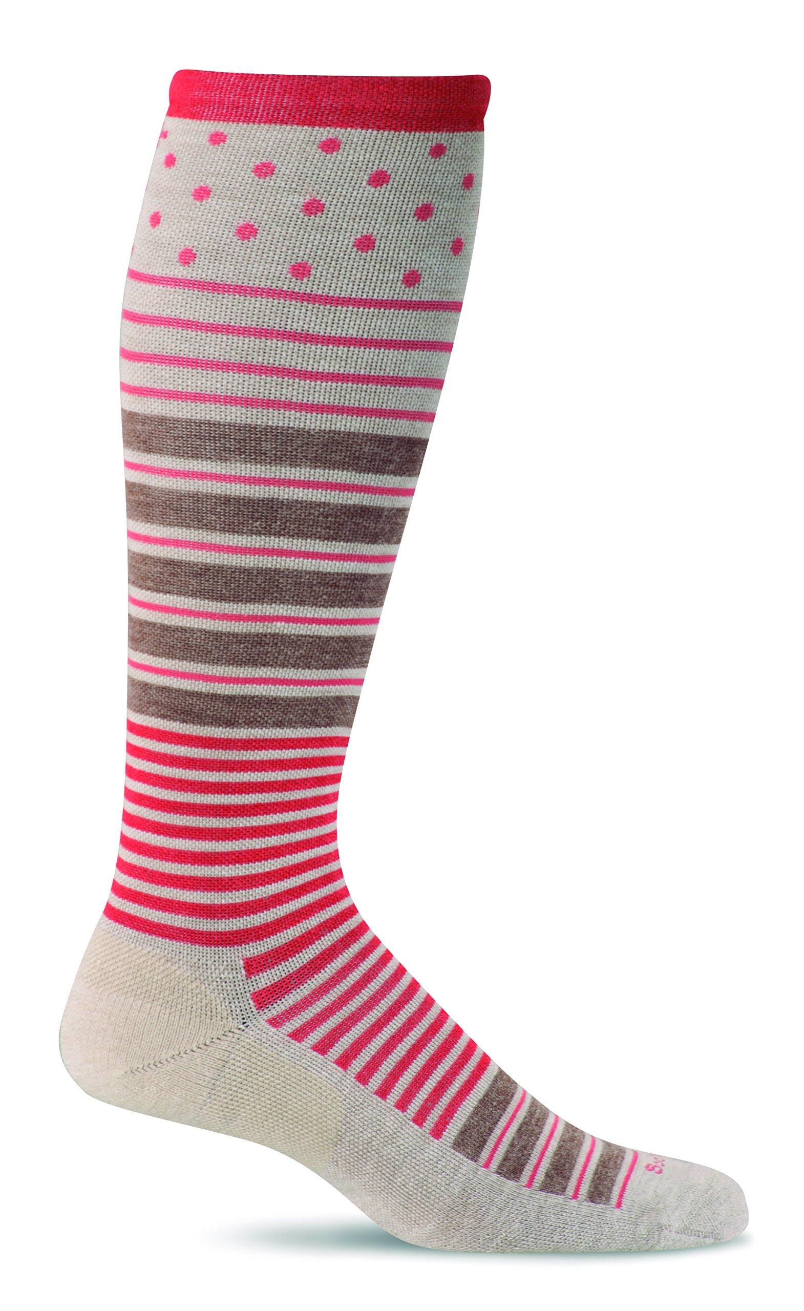 Sockwell Women's Twister Graduated Compression Socks, Barley, Small/Medium