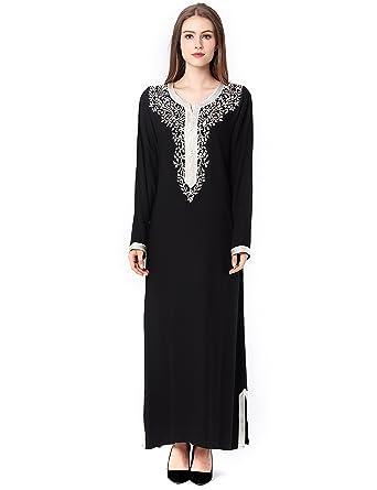 16a776f734c Amazon.com  Muslim Dress Dubai Kaftan Women Long Sleeve Arabic Long Dress  Abaya Islamic Clothing Girls Jalabiya Caftan  Clothing