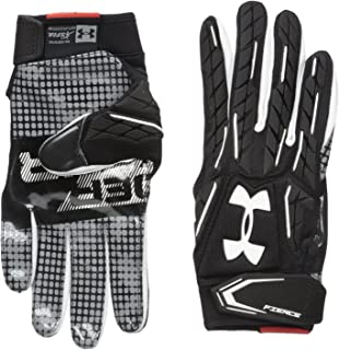 ddeb2f6bdc Amazon.com : Under Armour Men's Combat V Football Gloves : Sports ...