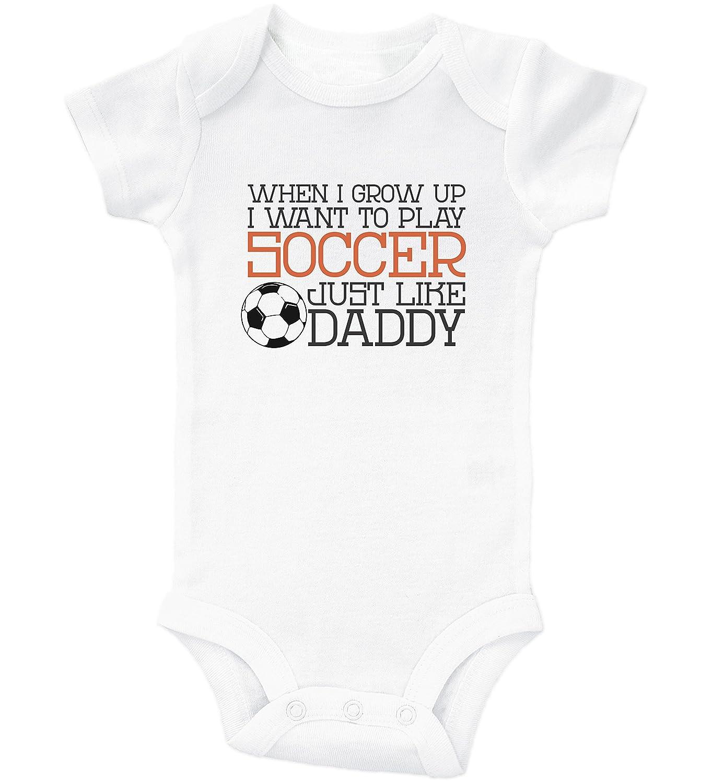 4da497527 Amazon.com  Cute Soccer Onesies   PLAY SOCCER LIKE DADDY   Baby Bodysuit  Outfit   Baffle  Clothing