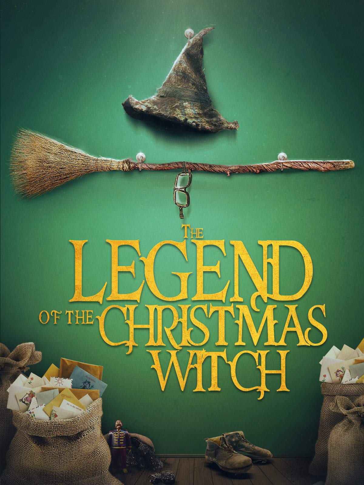 The Christmas Witch (The Legend of the Christmas Witch Book 1)