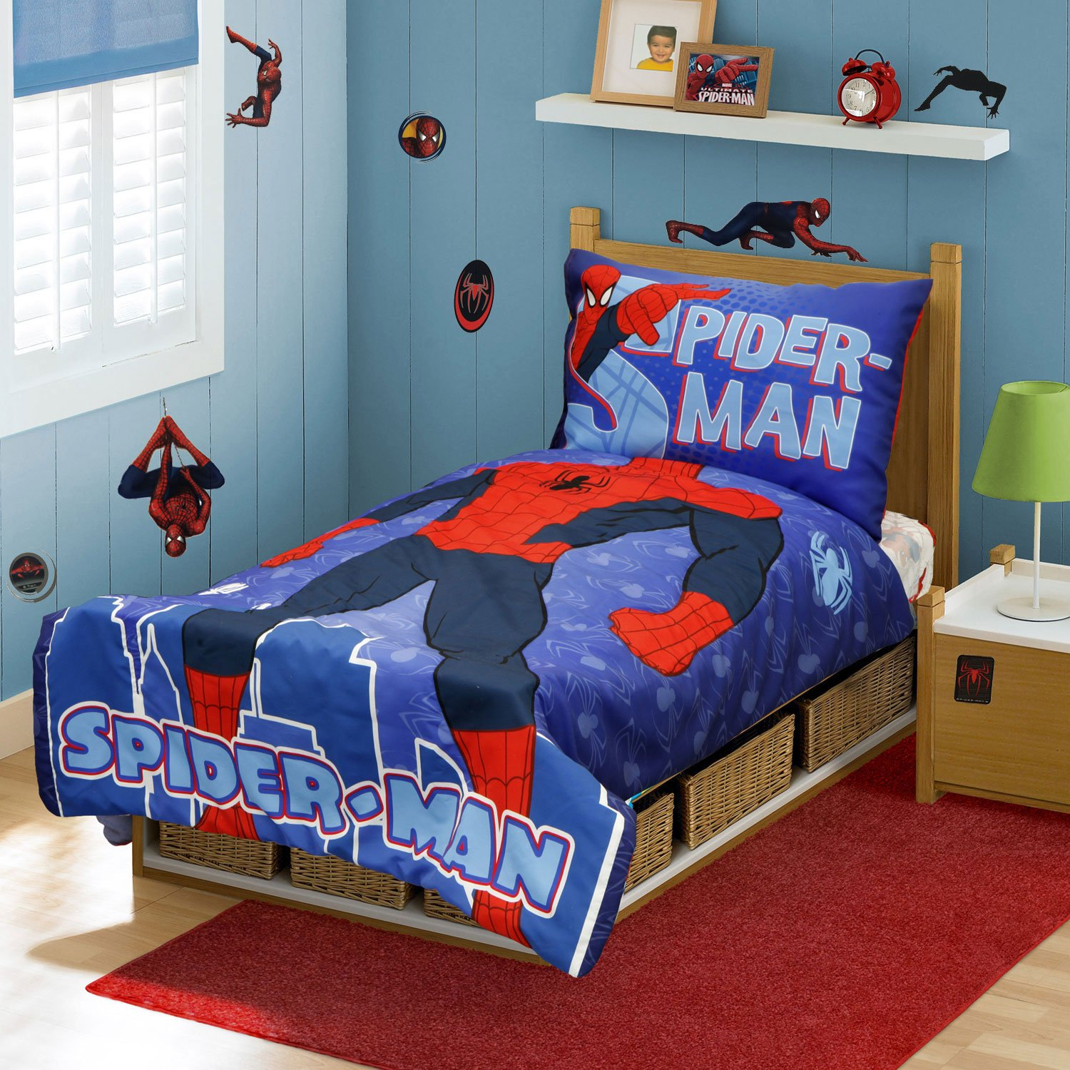Marvel Spiderman Toddler Bedding and Wall Sticker Set Superhero Comforter Sheets