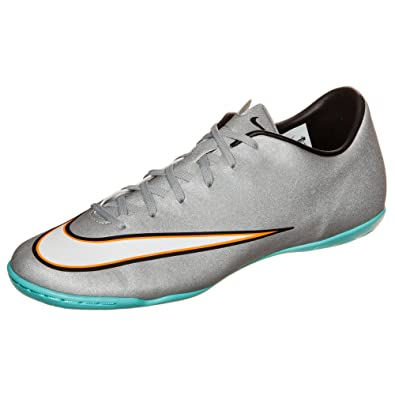 d5a36bc6eba4 Image Unavailable. Image not available for. Color  Nike Mercurial Victory V  CR7 Indoor Soccer ...