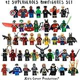 Kids Corner Productions® - Super Heroes Lego Figures 42 Set Mini Figure Figura Marvel e DC Comics - Borsa da festa con Batman, Spiderman, IronMan, Thor, DeadPool e molti altri - Compatibile con Lego