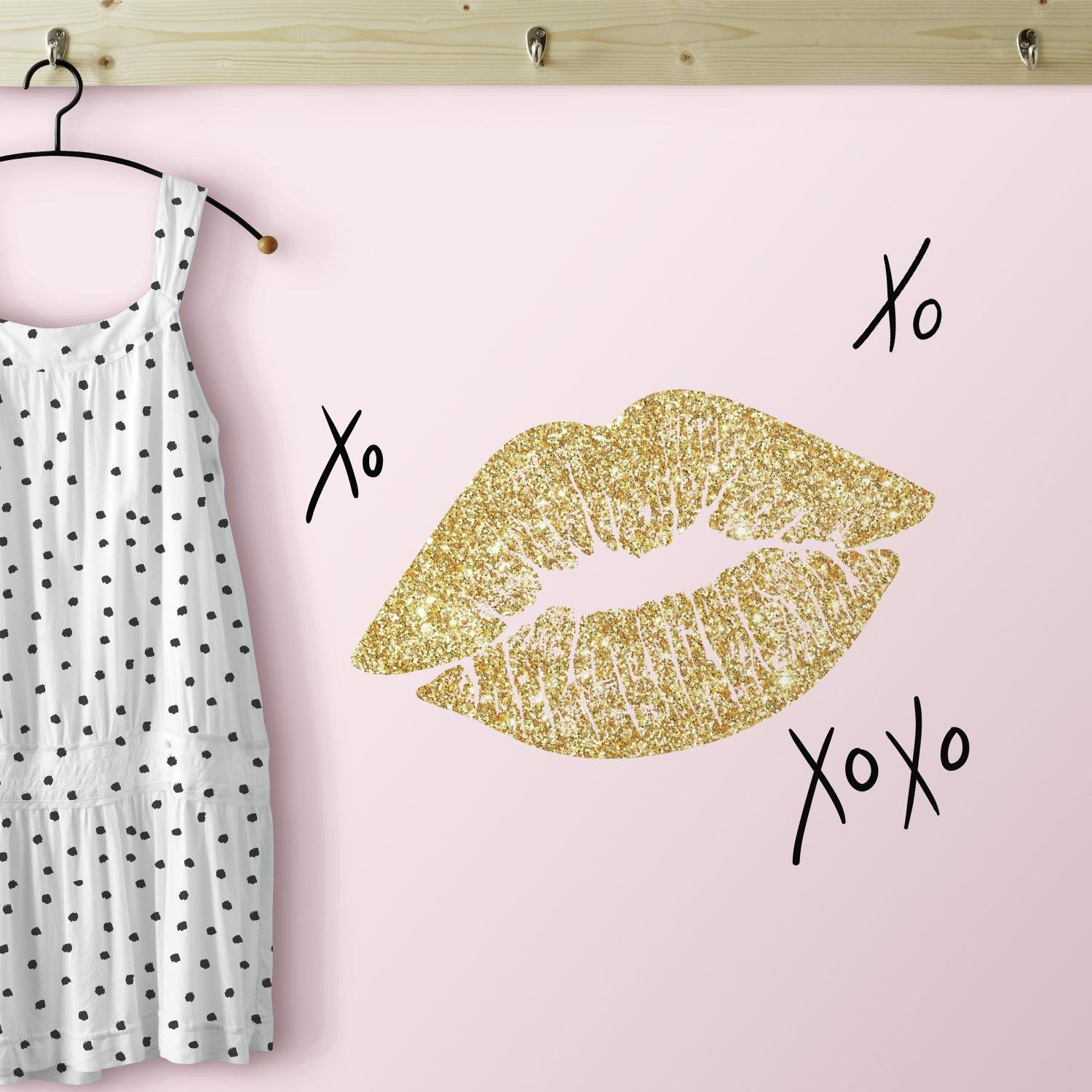 RoomMates RMK3532SCS Xoxo Lips Peel and Stick Wall Decals with ...