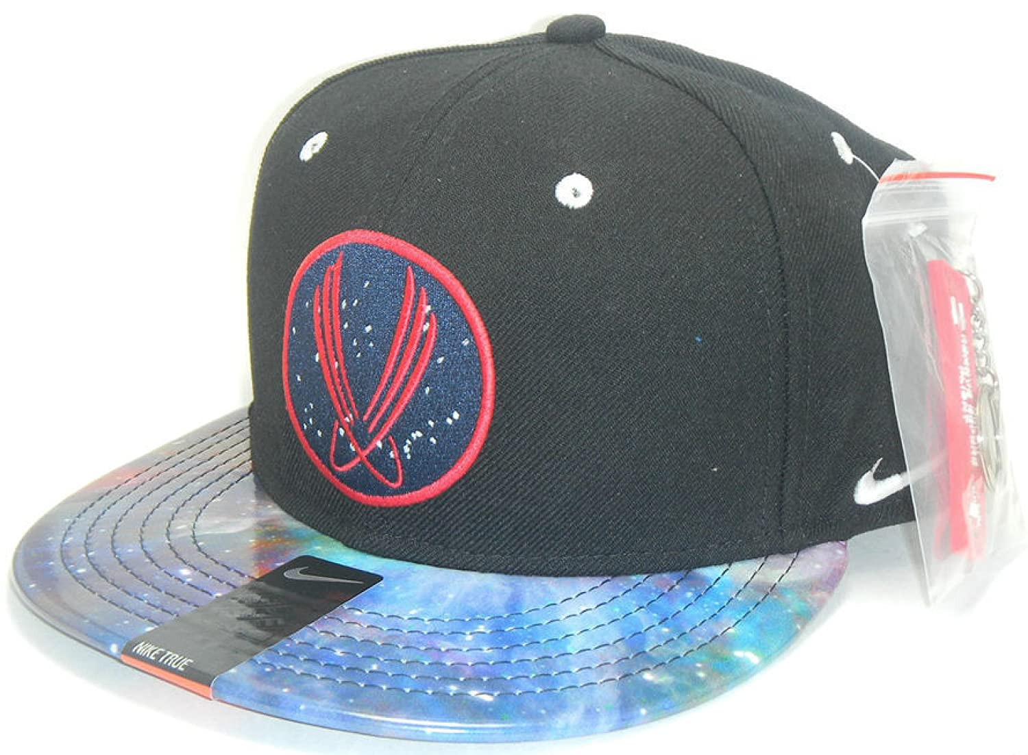 huge selection of a019e f8608 Nike Men s True QT+ Area 72 Galaxy Foamposite Snapback Cap Black Multi   Amazon.co.uk  Sports   Outdoors