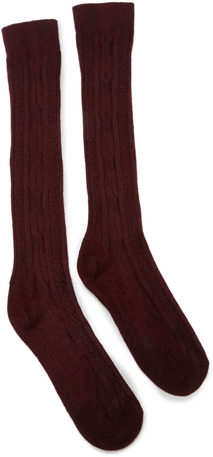 c0a2b06029d Amazon.com  Jefferies Socks Little Girls  School Uniform Acrylic Cable Knee  High (Pack of 6)  Cable Tight  Clothing