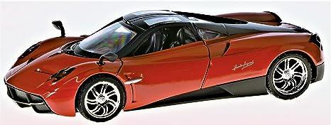 f8fa2a9e907f Motormax Pagani Huayra Coupe Rojo 1 24 Coche  Amazon.es  Juguetes y ...