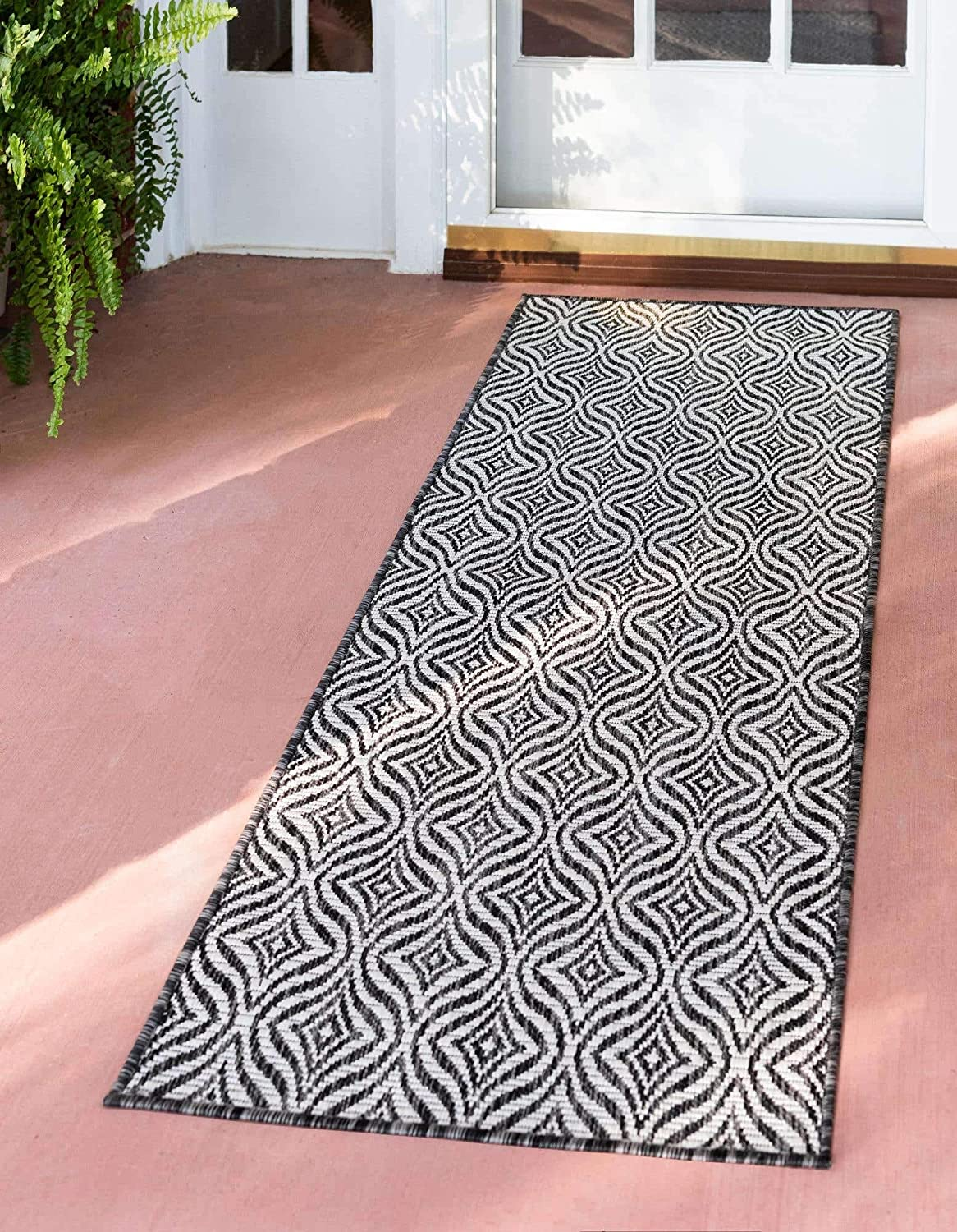 Unique Loom Trellis Collection Modern Geometric Transitional Indoor and Outdoor Flatweave Rug_OTR015, 2 x 6 Feet, Charcoal/Ivory