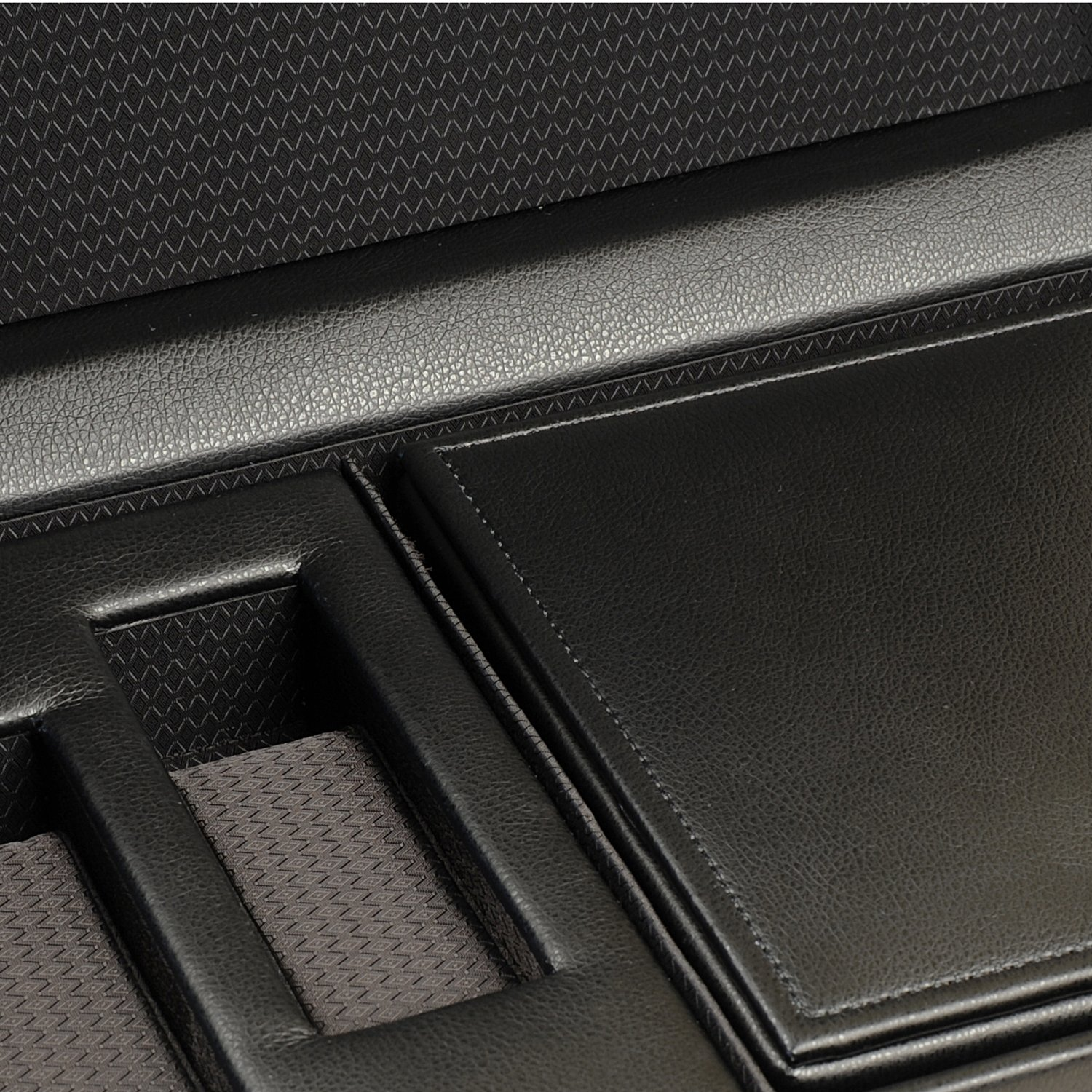 WOLF 457356 Roadster Triple Watch Winder with Cover and Storage, Black by WOLF (Image #4)