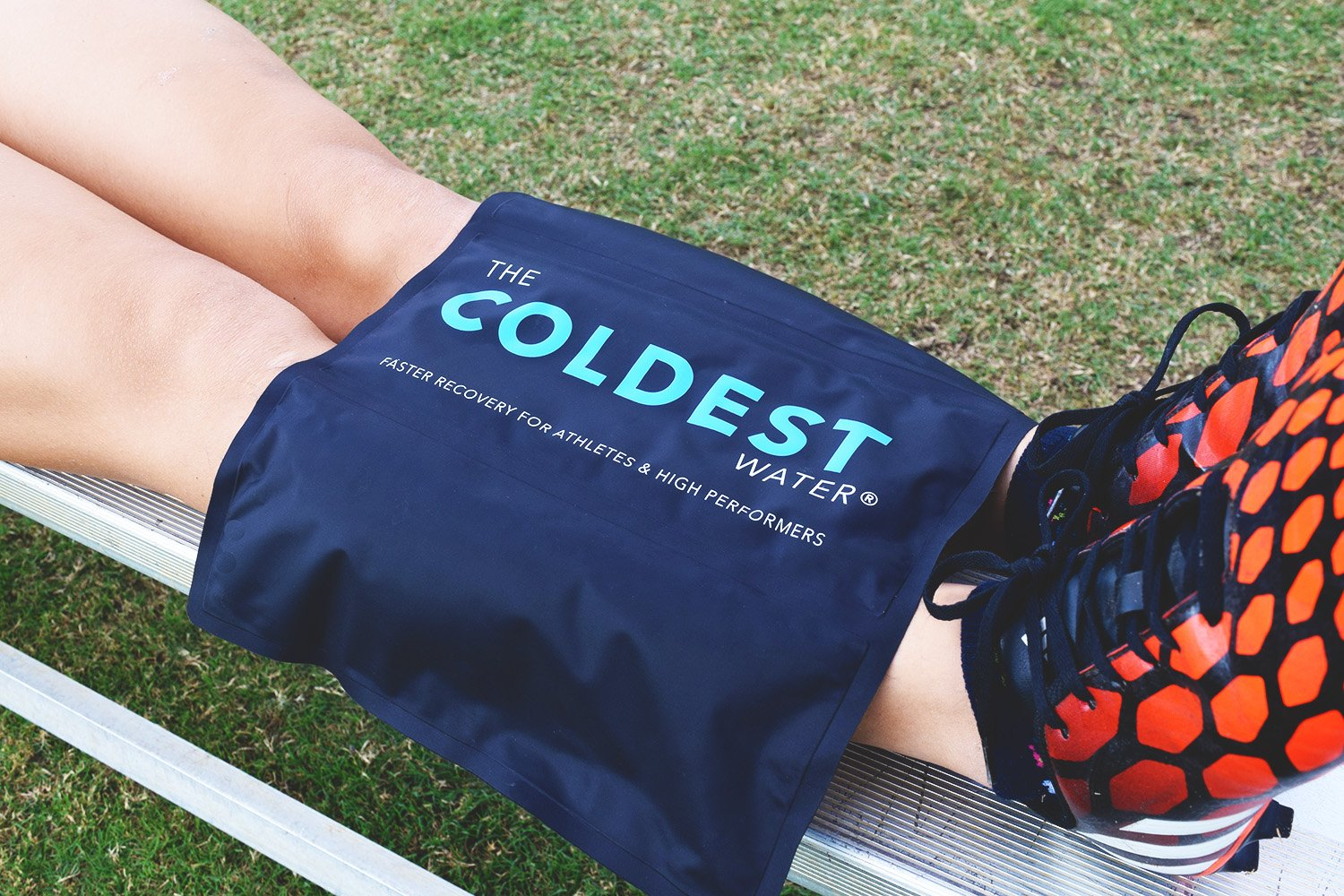 The Coldest Ice Pack Gel Reusable Flexible Therapy Best For Back Pain Leg Arm Knee Shoulder Sciatic Nerve Recovery Medical Grade X-Large Big Compress 15'' x 12'' by The Coldest Water by The Coldest Water (Image #6)
