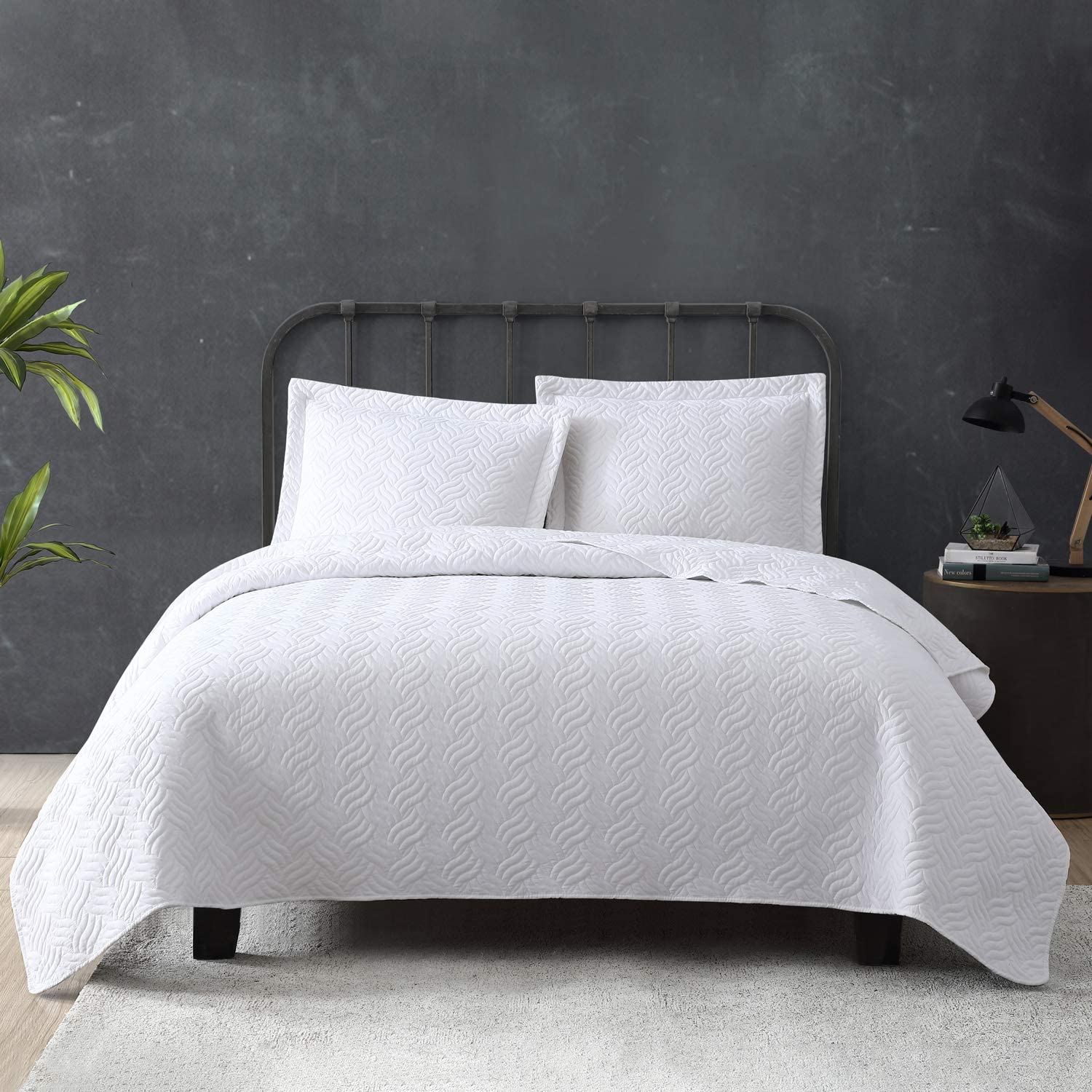 Tempcore Tampa Mall Quilt Quality inspection Set Coverlet King Size 3 White Piece Microfiber L
