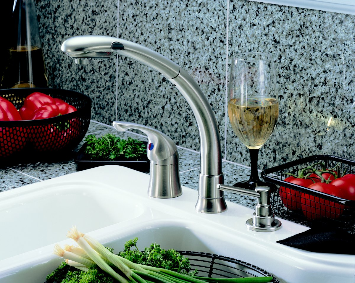 Delta Faucet 474-SS Waterfall Single-Handle Pull-Out Kitchen Faucet ...