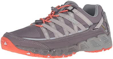 KEEN Womens Versatrail Waterproof Shoe       Shark Tiger Lily