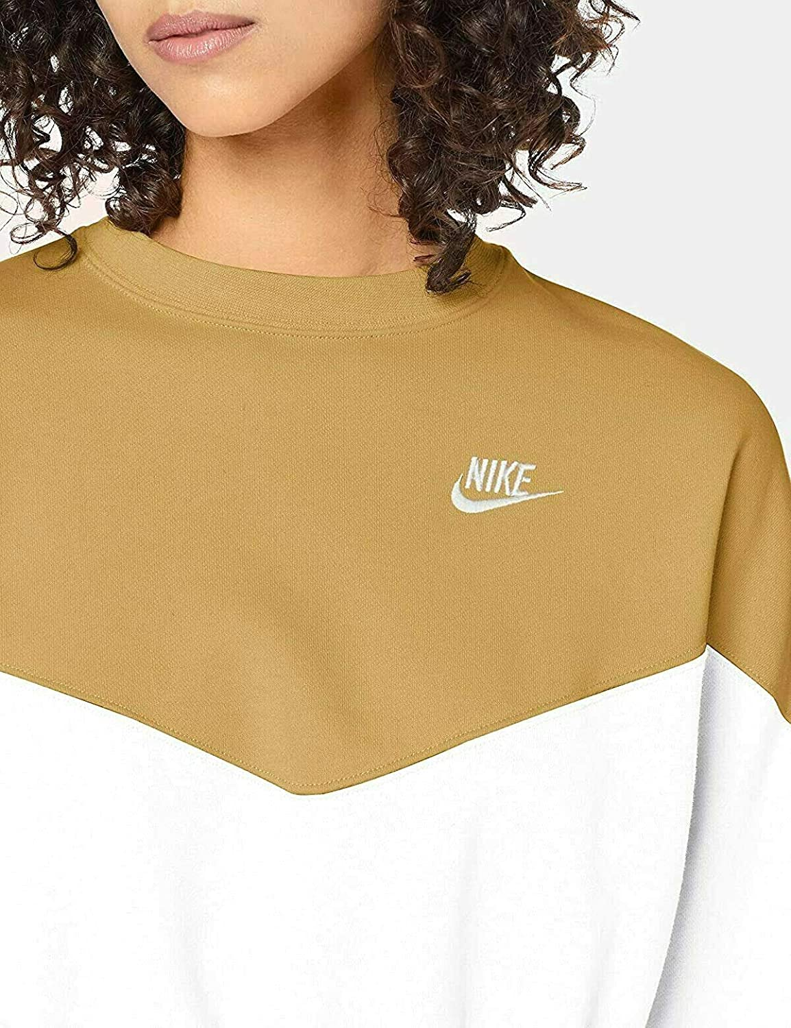Nike Women's W NSW Hrtg Crew FLC Plus T Shirt: