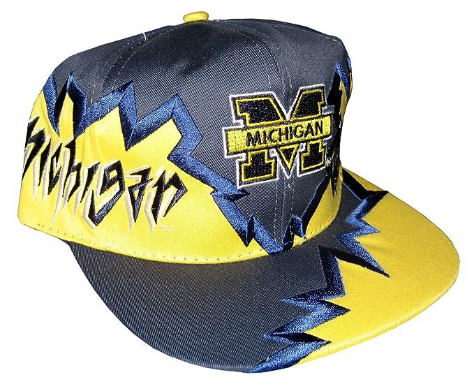 6bbb5ea1d3f Drew Pearson Men s Vintage Snapback Cap Nos Michigan Wolverines Adjustable  22.05 Inch - 23.62 Inch Blue