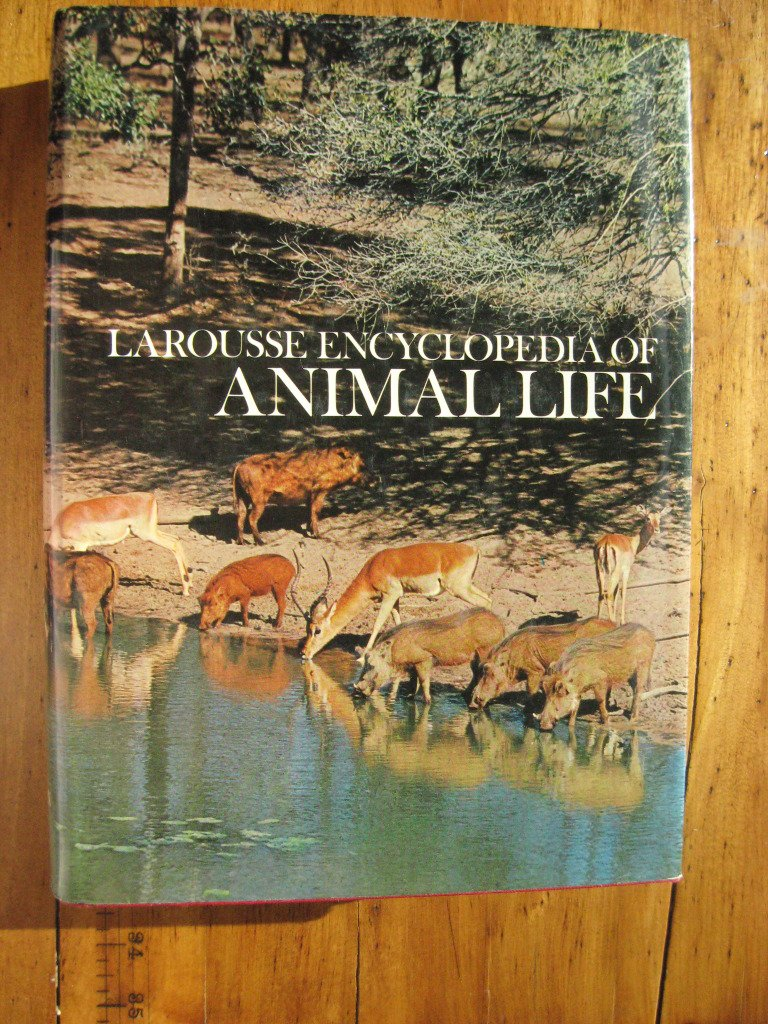 larousse-encyclopedia-of-animal-life