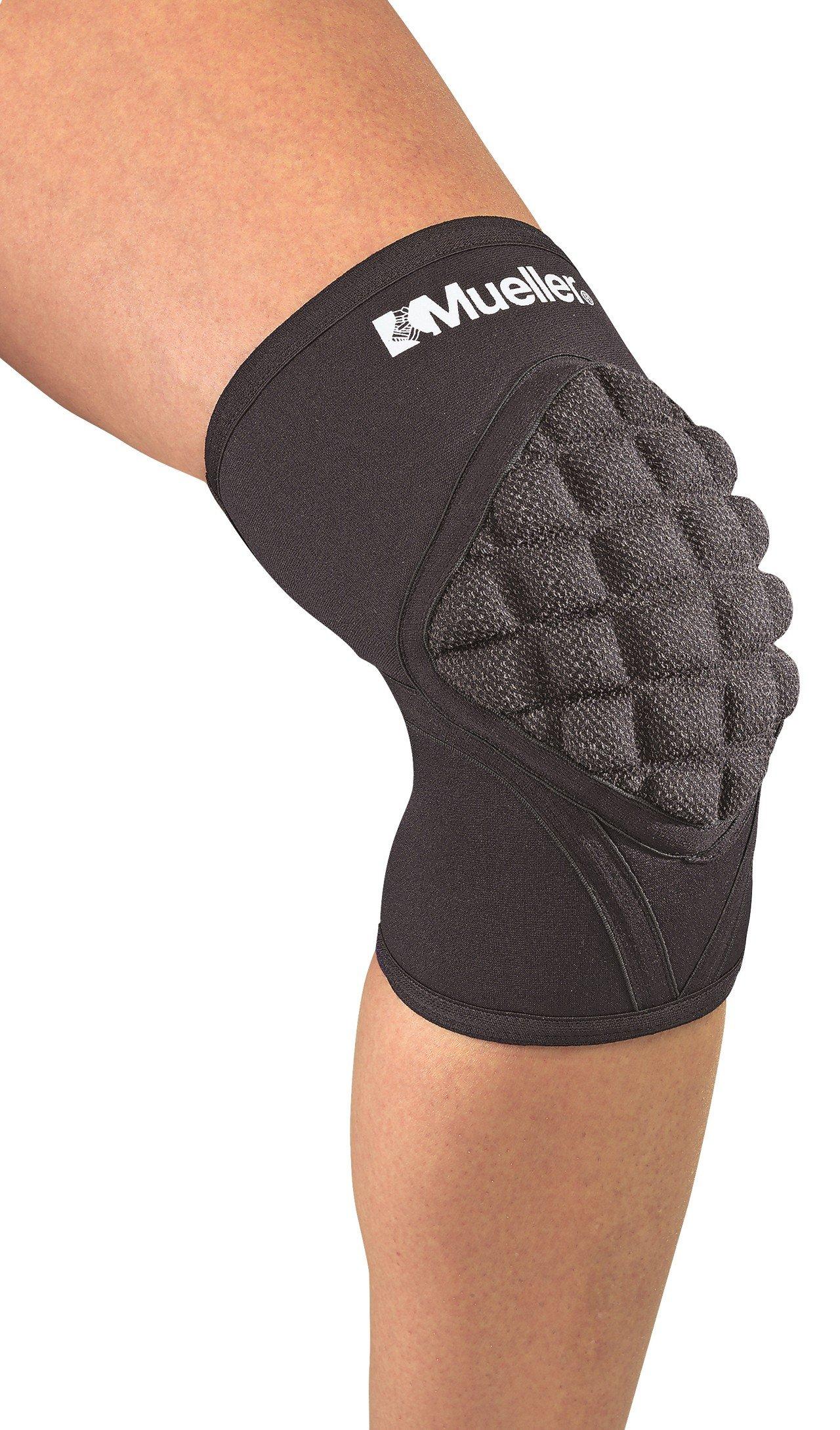 Mueller Pro Level Knee Pad with Kevlar, Black, Medium