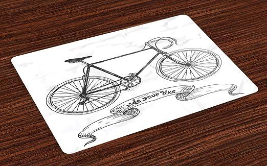 Coloque los tapetes de bicicleta, monte las letras de su bicicleta ...