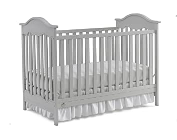 Amazon Com Fisher Price Charlotte 3 In 1 Convertible Crib Misty
