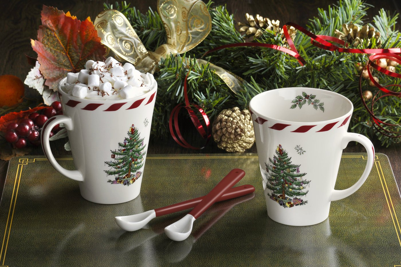 Mug has a 14-ounce capacity and the coordinating spoons are 6.75 inches in length
