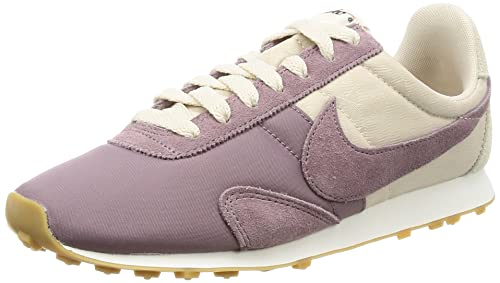 74ecab215ebcd Nike Women's Pre Montreal Racer Vintage Trainers, Blue (Sail/Armory Navy/Gum