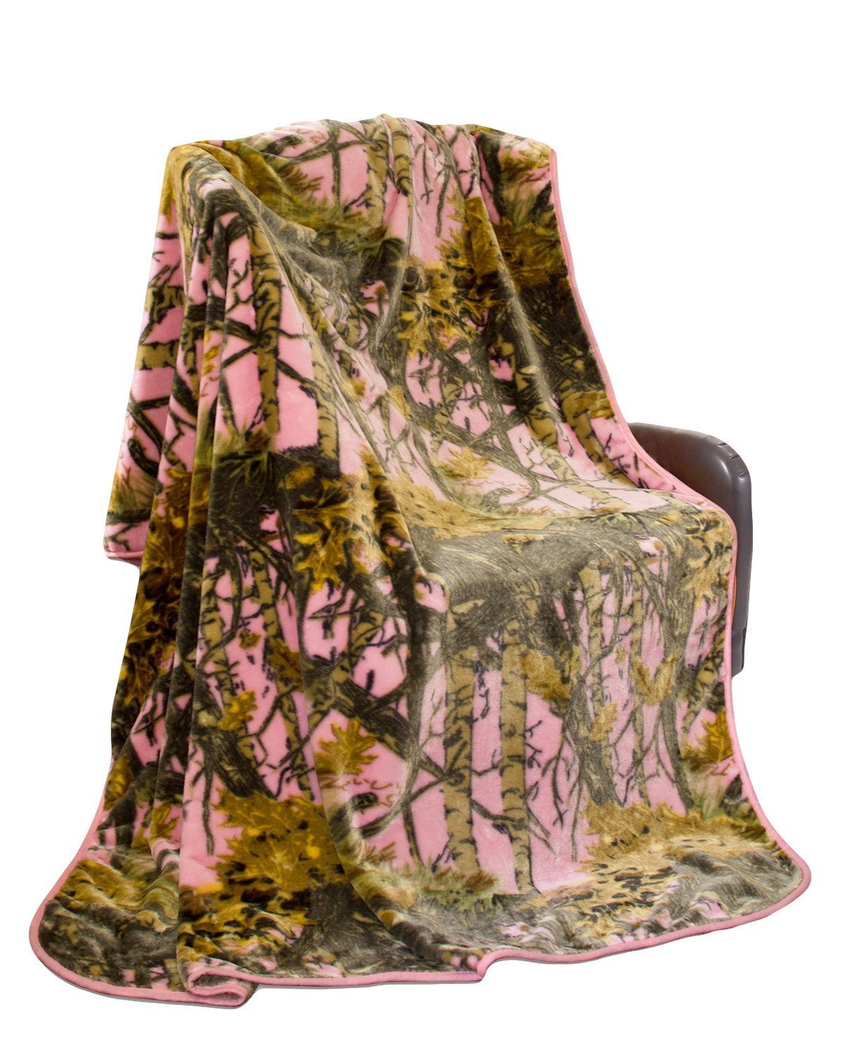 ''The Woods'' Camo Polyester Mink Blanket (Pink, Queen - Heavy)