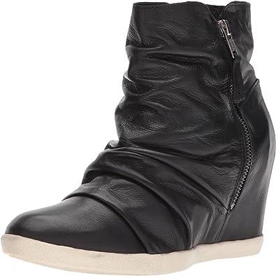 Miz Mooz Women's Ember Sneaker   Shoes