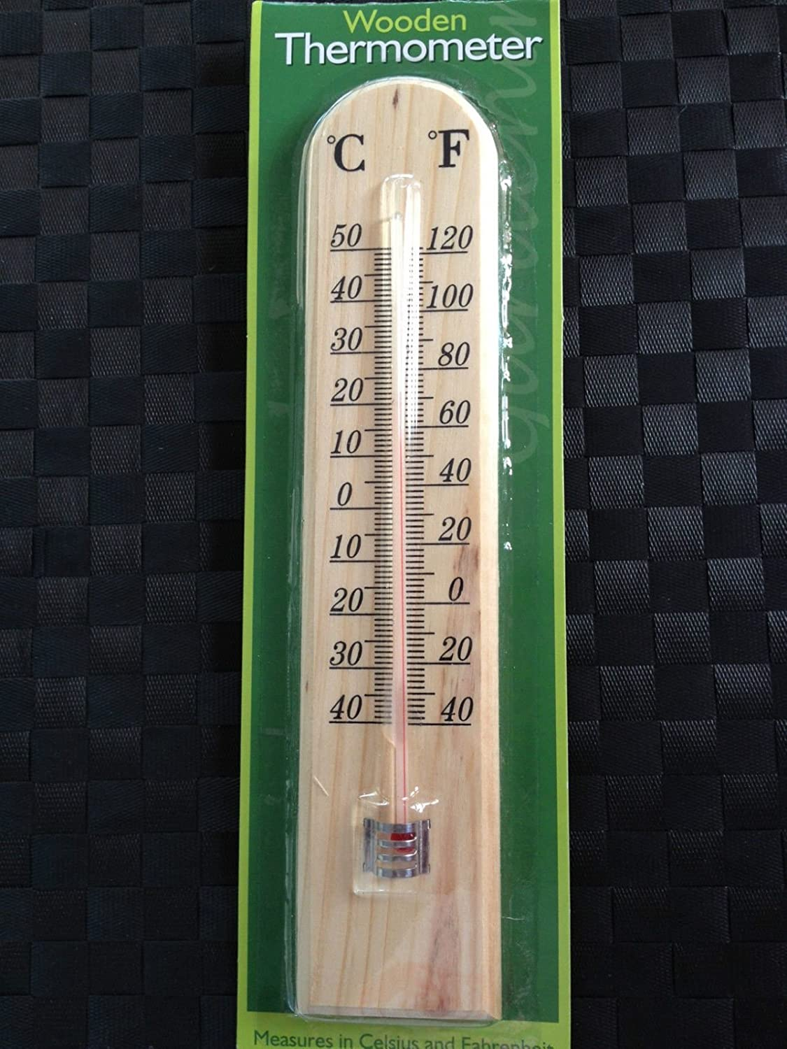 WOODEN GARDEN GREENHOUSE THERMOMETER