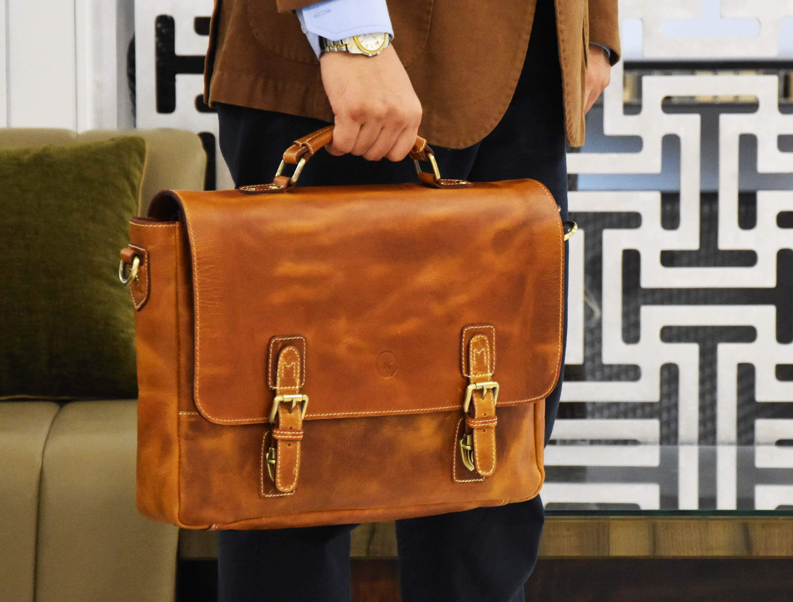 """15.5"""" Rugged Handcrafted Leather Messenger Bag 