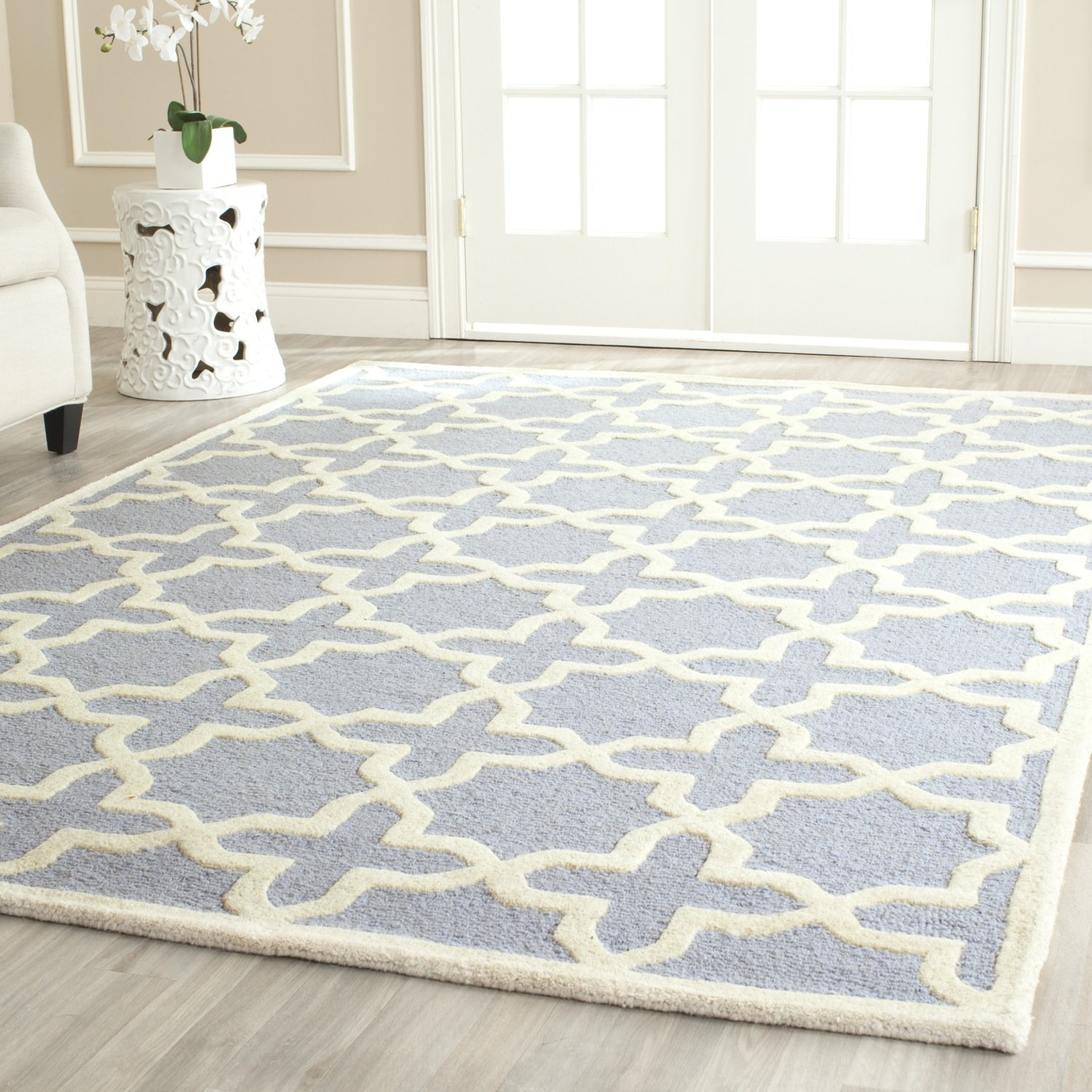 amazoncom safavieh cambridge collection cam125a handmade moroccan geometric light blue and ivory premium wool area rug 9u0027 x 12u0027 kitchen u0026 dining - Safavieh Rug