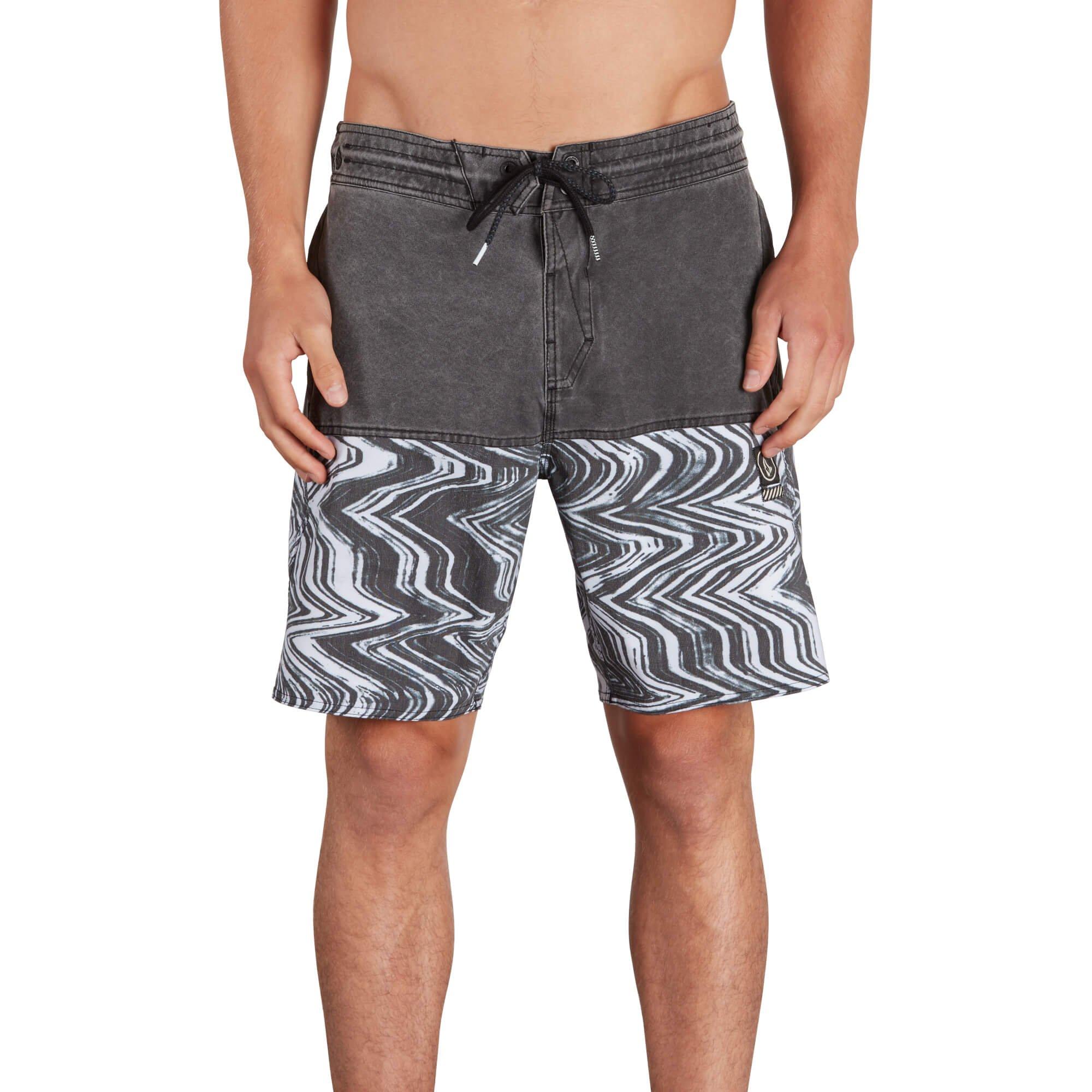 Volcom Men's Vibes Half Stoney 18'' Boardshort, Black, M