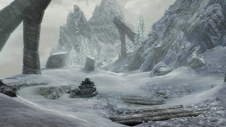 Amazon com: The Elder Scrolls V: Skyrim Special Edition - Xbox One