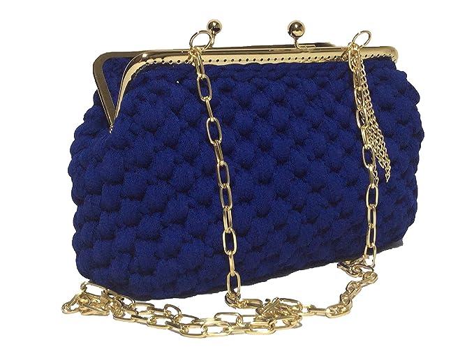 827f8837be ELETTRA - Pochette da donna color blu elettrico, realizzata a mano con  uncinetto. Borsetta