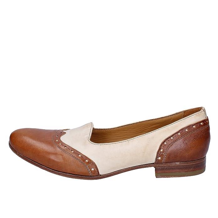 6474e579bf28 MOMA Mokassins Damen 42 EU Braun Weiß Leder  Amazon.de  Schuhe   Handtaschen