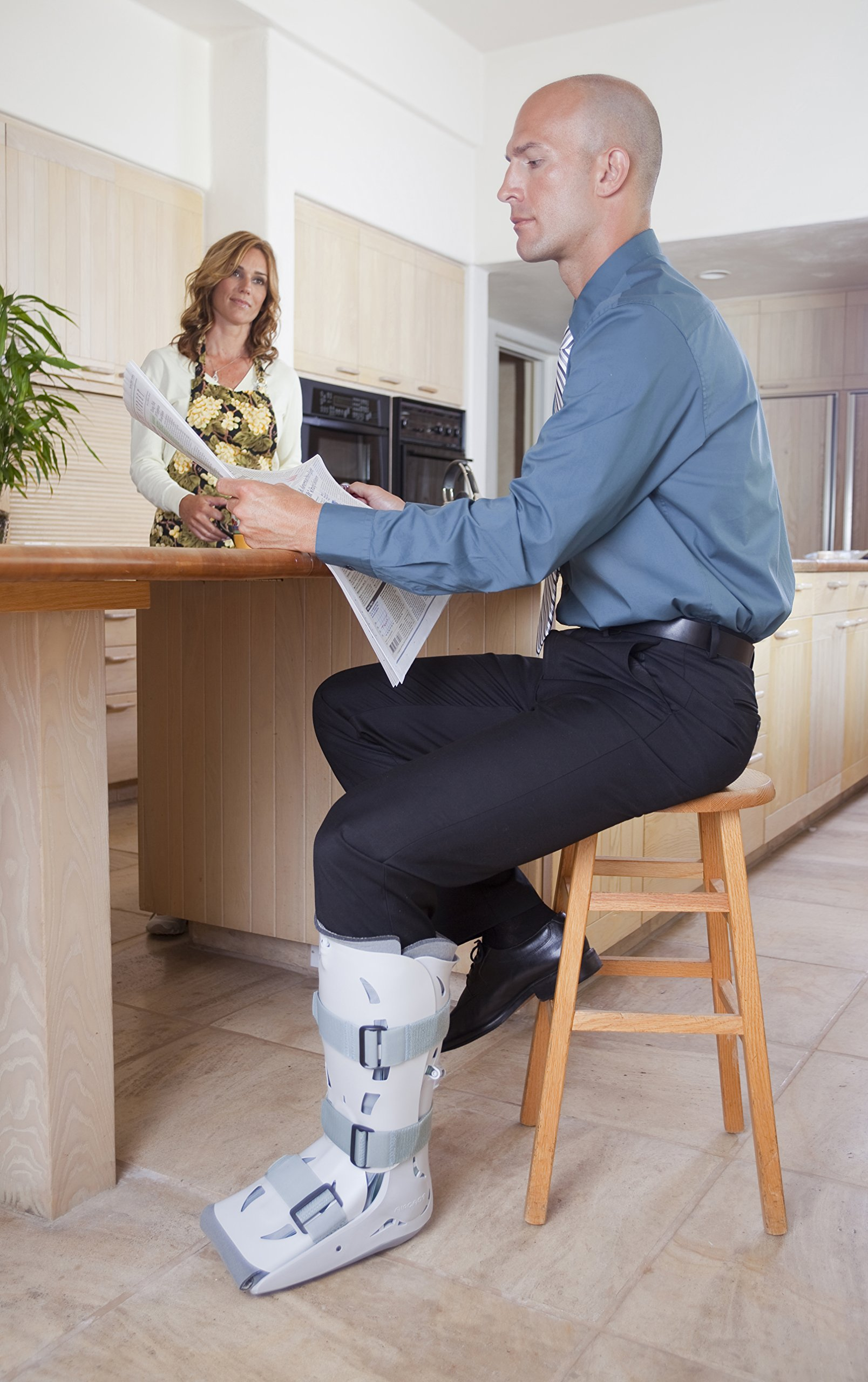 Aircast XP (Extra Pneumatic) Walker Brace / Walking Boot, Large by Aircast (Image #7)