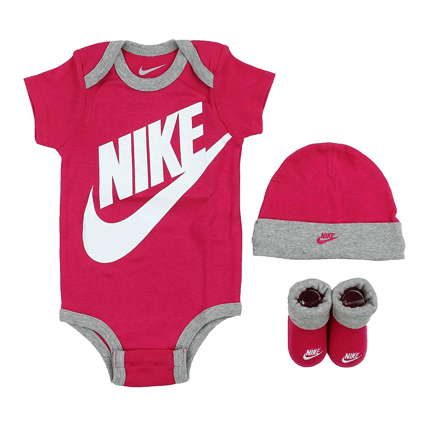 a956473e7db3d Nike Futura Logo 3 Piece Infant Set  Amazon.ca  Clothing   Accessories